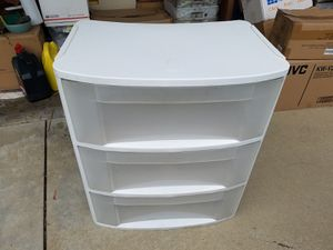 Sterilite 3 drawers plastic storage for Sale in Chino Hills, CA