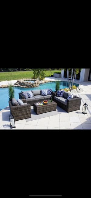 ISO Outdoor Patio Furniture for Sale in Houston, TX