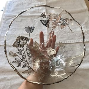 Beautiful Vintage Silver Floral Glass Fruit Bowl for Sale in San Gabriel, CA
