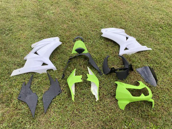 Ninja 250 complete fairing kit (08-12) never installed