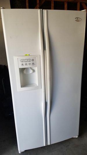 Refrigerador for Sale in Fontana, CA