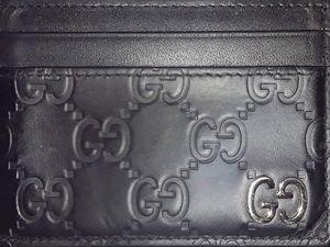 Gucci Signature Men's Card holder black GG for Sale in Las Vegas, NV