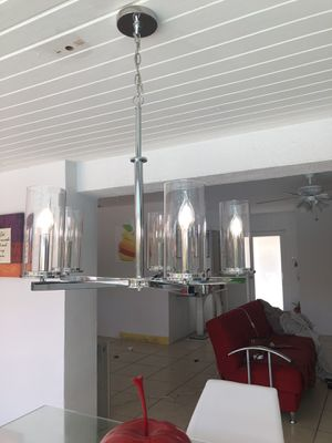 Chandelier moderno chrome for Sale in Miami, FL