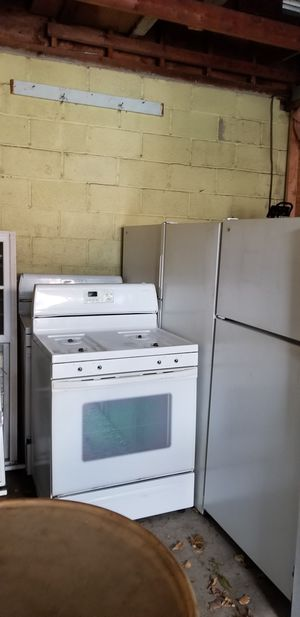 We have hotpoint refrigerator and stoves perfect for rental properties in good condition $200 each for Sale in Stamford, CT