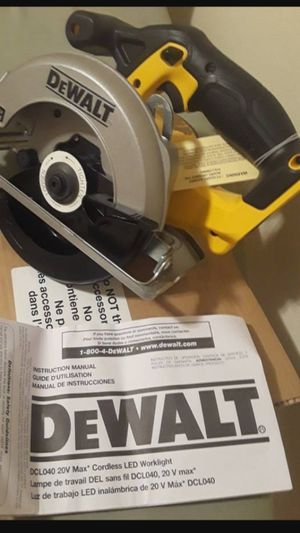 """Brand new dewalt 20v 6-1/2"""" circular saw with blade tool only for Sale in Fresno, CA"""