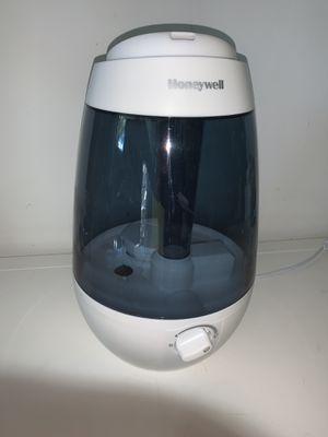 Honeywell ultrasonic mist humidifier for Sale in Oakland Park, FL