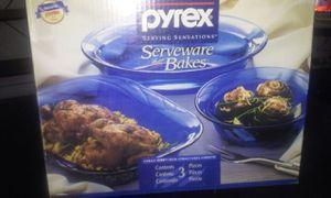 PYREX SERVING SENSATIONS for Sale in Detroit, MI