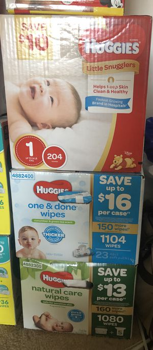 Huggies pampers & wipes for Sale in North Miami Beach, FL