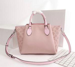 Louis Vuitton bag for Sale in Sunrise, FL