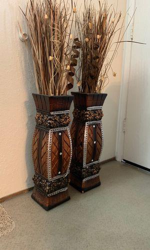 Flower vase (2 of them ) for Sale in El Cajon, CA