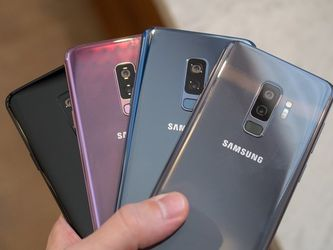 Samsung Galaxy S9 (64gb) Comes With Charger for Sale in Springfield,  VA