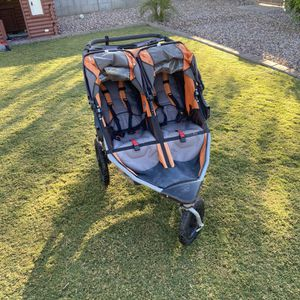2012 BOB Double Jogging Stroller for Sale in Phoenix, AZ