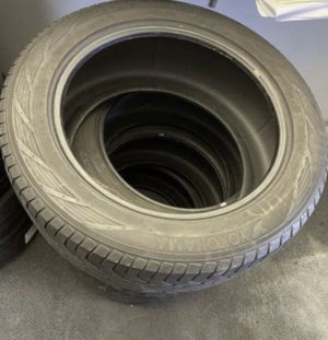 Tire Set 275/50 R20 for Sale in Plainfield, IL
