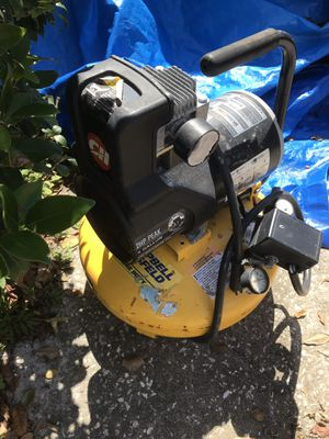 Air compressor for Sale in NW PRT RCHY, FL