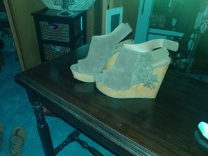 Extremely cute Olivia Miller Wedges w/ side fringe for Sale in Spokane, WA