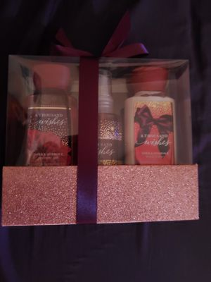 Bath and body works set for Sale in Boston, MA