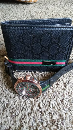 Gucci watch and wallet for Sale in Columbus, OH