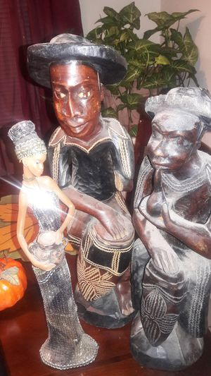 Statues for home decorating for Sale in Wahneta, FL