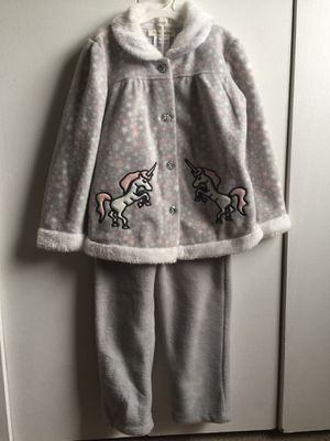 Girl Winter Clothes 4t for Sale in Manassas, VA
