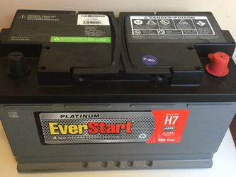 Car Battery Mercedes BMW Audi Dodge Chysler Chevy Size 94R , AGM Only 6 Months Old. for Sale in Long Beach, CA