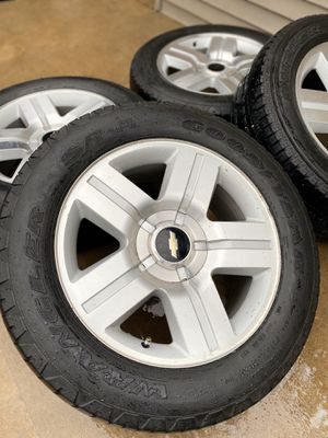 """20"""" Inch GMC 6 Lug Chevy Wheels and Tires GM Rims for Sale in Oak Lawn, IL"""
