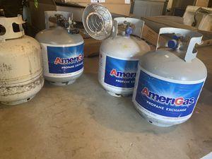 4 propane tanks for Sale in Hanford, CA