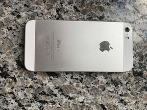Cracked iPhone 5s for Sale in New Market, MD