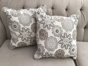 Decorator pillows for Sale in Lakewood, WA