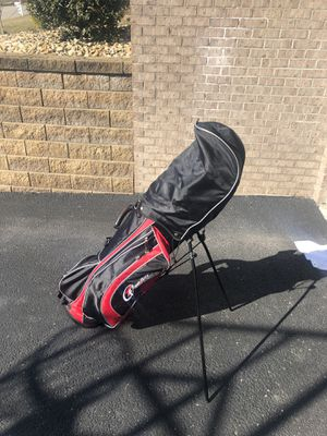 Top flite cart/stand up bag and golf club set for Sale in Brentwood, PA