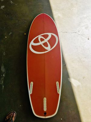 DHD surfboard like new for Sale in Huntington Beach, CA