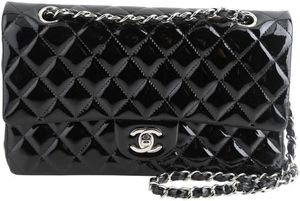 Chanel Classic Double Flap Quilted Medium for Sale in Las Vegas, NV