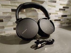 Sony Extra Bass Wireless BT Headphones for Sale in Miami, FL