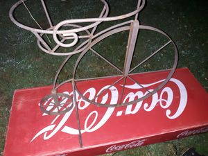Iron bicycle flower pot for Sale in Campobello, SC