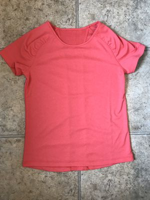 Girls Size 7/8 Coral Shirt for Sale in Mt. Juliet, TN
