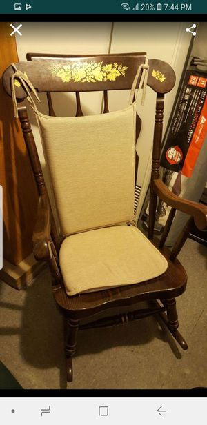 rocking antique chair for Sale in Chicago, IL