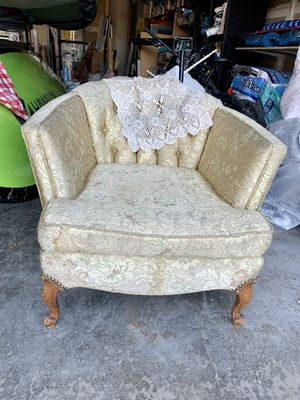Antique ivory bucket chair for Sale in Vancouver, WA