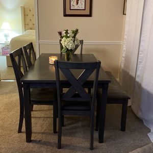5pc Dining Table for Sale in Buford, GA