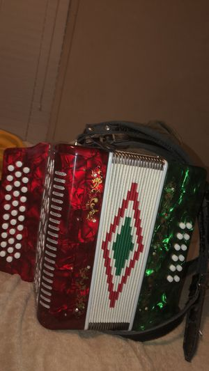Accordion (red, white, green) for Sale in Seattle, WA