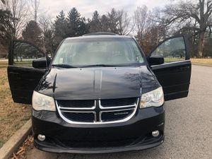 2012 Dodge grand caravan for Sale in St. Louis, MO