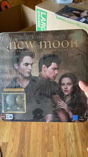 The Twilight Saga New Moon The Movie Board Game for Sale in Clinton, MD