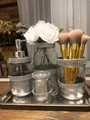 7 pieces mason jars silver ,with flowers I can make it in any color for Sale in Deltona, FL