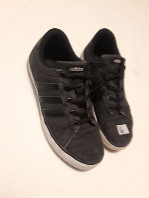Adidas sz 6 for Sale in Lakewood, CO