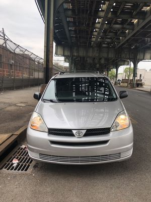 2004 Toyota Sienna LE 99k PERFECT!!! for Sale in New York, NY