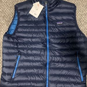 Patagonia Down Vest XXL (brand New) for Sale in Valley Springs, CA