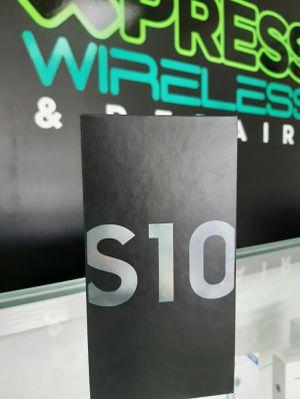 Samsung Galaxy S10 - 128 GB - New - Unlocked - Somos Tienda for Sale in Virginia Gardens, FL