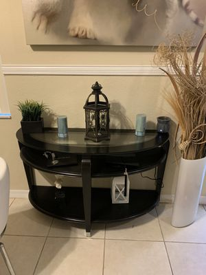 Wall table, 1 end table and coffee table for Sale in Miramar, FL