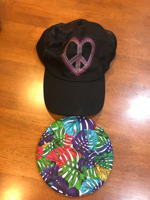 New hat for woman & frisbee toy 🧢 $1 for Sale in Hyattsville, MD
