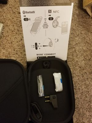 Bose QC35 Carry Car and Box for Sale in Fresno, CA