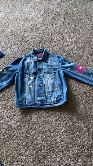 Women's custom jean jacket size Large for Sale in Silver Spring, MD