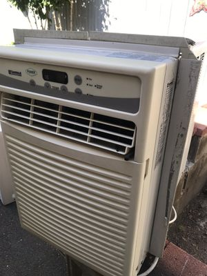 6000 BTU window unit great working condition upright ac nice and cold 70$ will sell fast for Sale in Lynn, MA